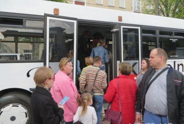"""""""Я не знаю, наскільки мене вистачить"""", - перевізник про екскурсійний автобус Хмельницьким"""