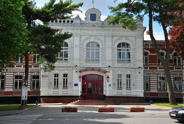 Хмельницька міськрада незаконно віддала в оренду приміщення школи - прокуратура