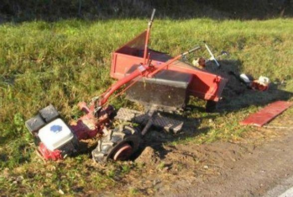 У Новоушицькому районі пенсіонер впав під мотоблок. Чоловік загинув на місці