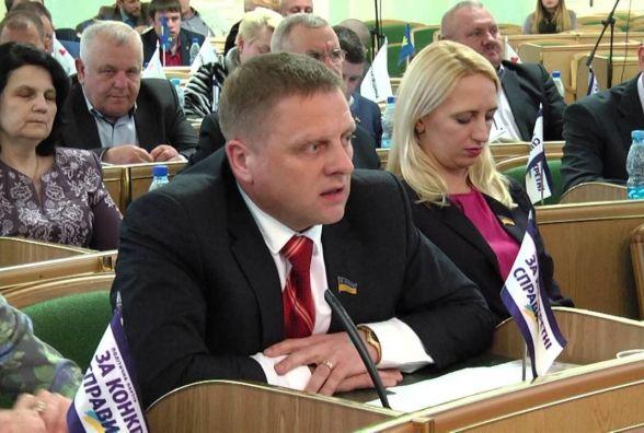 Взяли під варту депутата Миколу Харкавого, якого впіймали на хабарі в 50 тисяч доларів