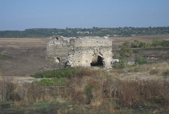 «Незнана Хмельниччина»:  Жванець - мальовнича руїна на кордоні двох областей