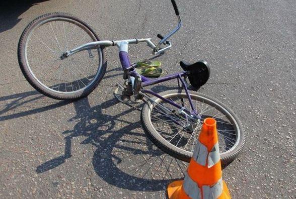 У Полонському районі «ВАЗ» збив дитину на велосипеді