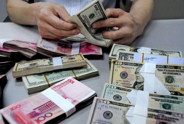 Гривня зміцнилась - курс валют на 7 липня
