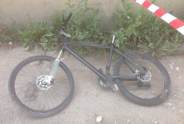 На Геологів розбився 22-річний велосипедист