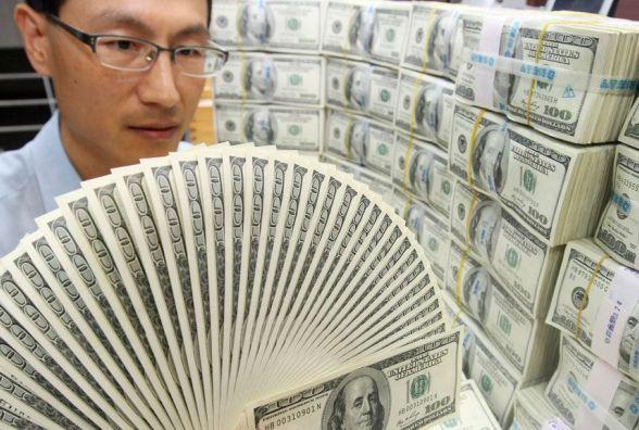 Долар знову падає - курс валют НБУ на 12 липня