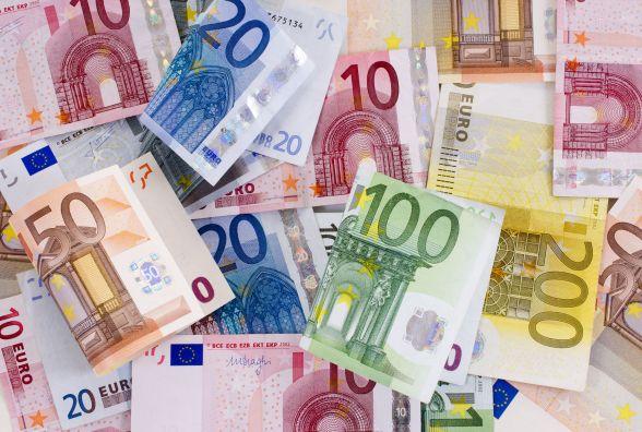 Євро підскочив - курс валют НБУ на 18 липня