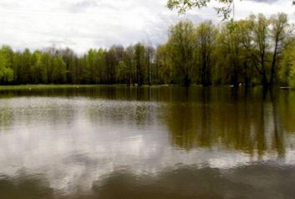 В Славуті після купання померла 8-річна дівчинка