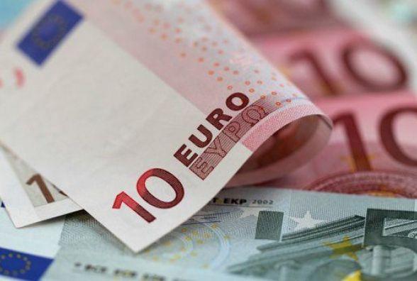Євро росте - курс валют на 31 липня
