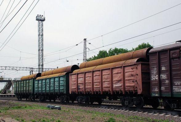 """Біля Славути """"злетів"""" вантажний вагон. Рух поїздів затримується на 2 години"""