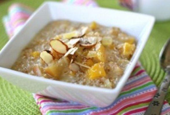 Швидкий та смачний сніданок: як приготувати запечене  яблуко з корицею