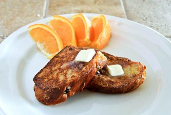 Сніданок з французьким шармом: як приготувати медові тости