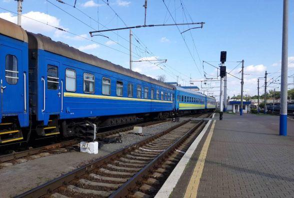 На жовтень призначили додаткові потяги через Хмельницький. Коли й куди можна доїхати