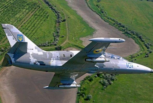 На Хмельниччині розбився військовий літак. Є загиблі