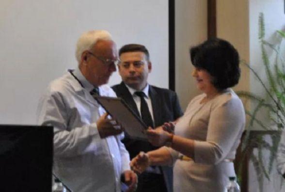 Колективу Хмельницького обласного онкологічного диспансеру представилинового керівника