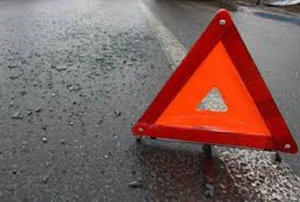 Правоохоронці розшукують водія, який на Грушевського збив пішохода  та втік