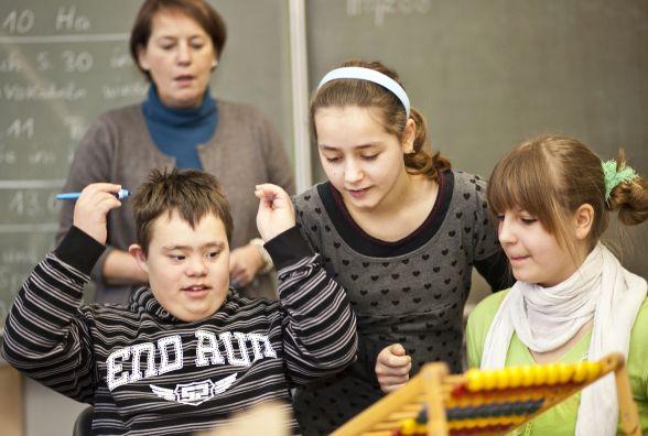 У Хмельницькому хочуть створити інклюзивні групи у кожній школі