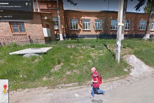 Нова петиція до мерії. Просять облаштувати тротуар на Кошарського