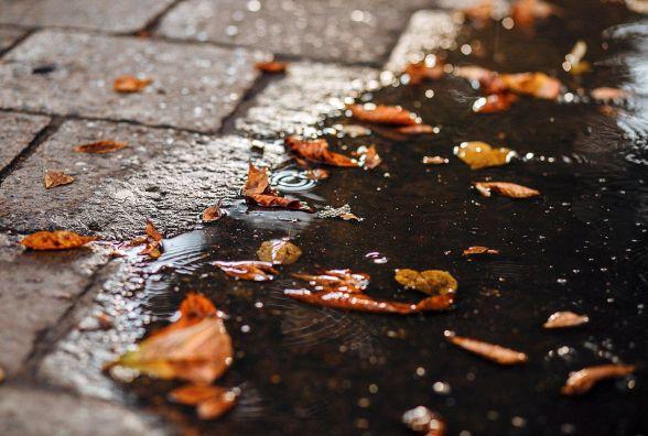 На вихідних у Хмельницькому буде прохолодно та дощитиме