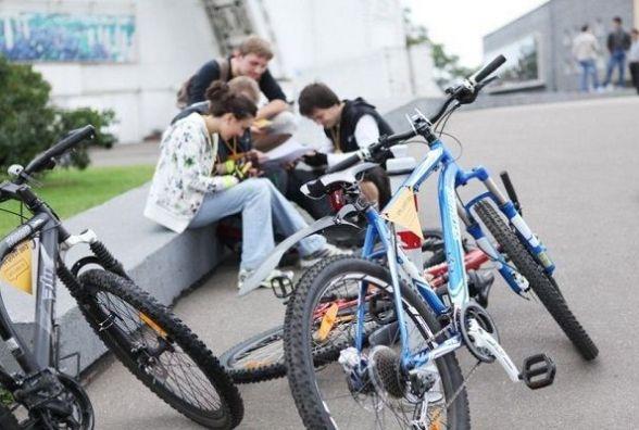 Хмельницькі школярі змагатимуться за подарунки на велоквесті в парку Чекмана