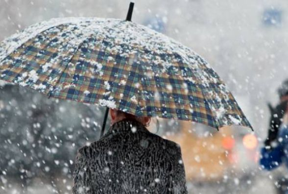 За прогнозами Укргідрометцентру вже наступного тижня очікують сніг