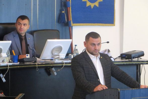 2 хвилини на питання: за що і як голосували депутати Хмельницької міськради