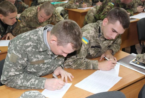 Навчання, іспити й нова професія: підрозділи Хмельниччини поповнилися 43 рятувальниками