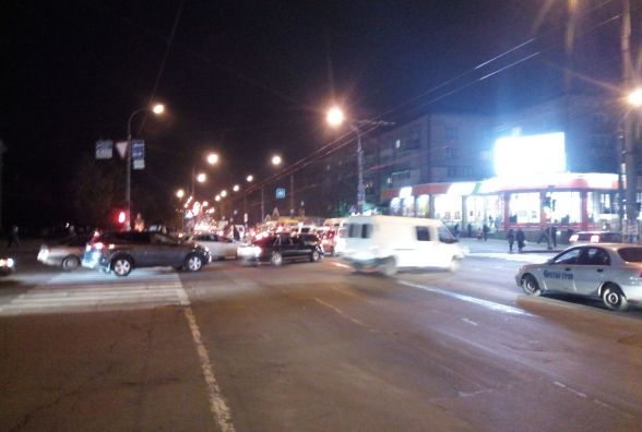 Потрійна ДТП спричинила затори в центрі Хмельницького