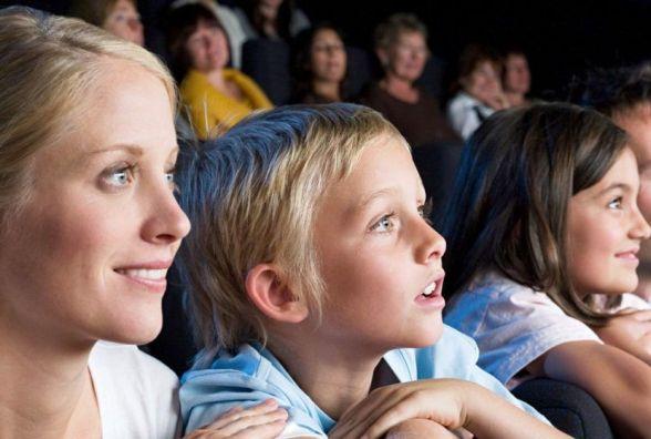 У Хмельницькому можна безкоштовно потрапити на концерт чи піти у кіно: триває розіграш квитків