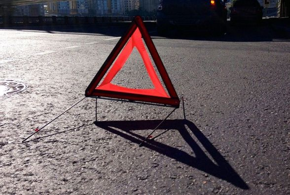 """У Славуті водій """"Volkswagen"""" збив пішохода. Хлопець у лікарні"""
