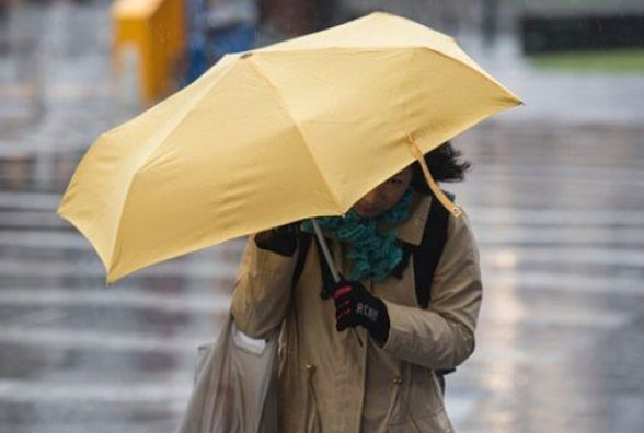 Дощ з мокрим снігом та похолодання: чого очікувати хмельничанам від погоди на вихідні
