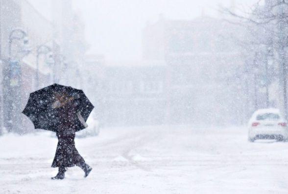 Снігопади та мороз: на Україну насувається потужний циклон з півночі