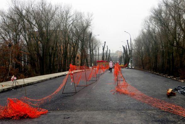 На Старокостянтинівському мосту вже поклали асфальт. Коли відкриють рух