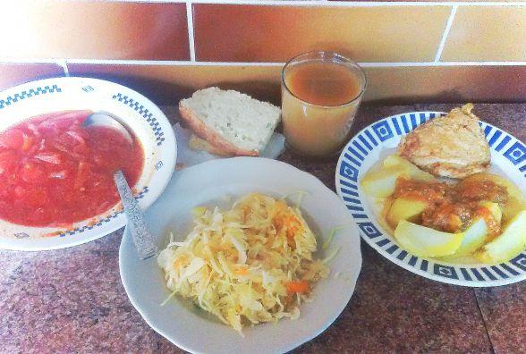 Перевіряємо хмельницькі їдальні: як годують у столовій №33