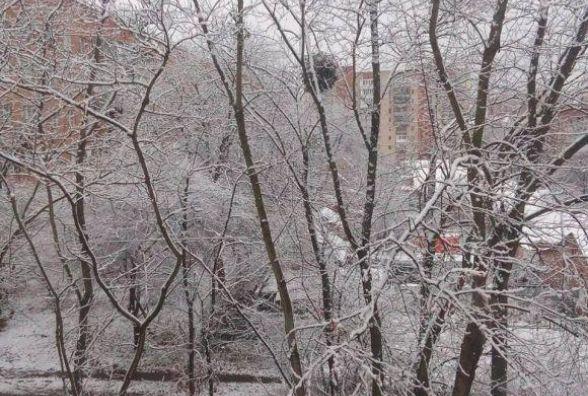 Наслідки норвезького циклону: сніг та штормовий вітер сунуть на Хмельницький