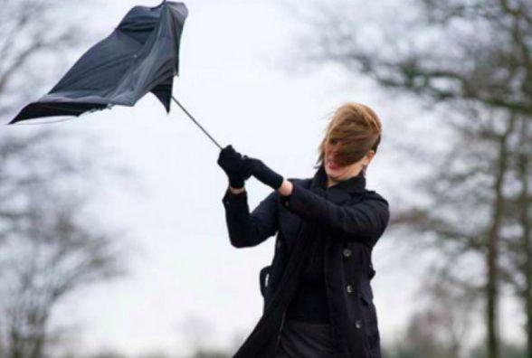 Європу накрили циклони:  у Хмельницькому обіцяють сильний вітер та потепління