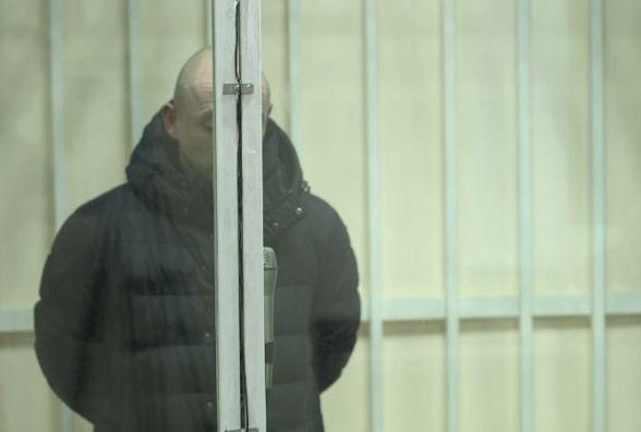 Водій, який у новорічну ніч збив матір з дитиною у Шепетівці, хотів вийти з СІЗО