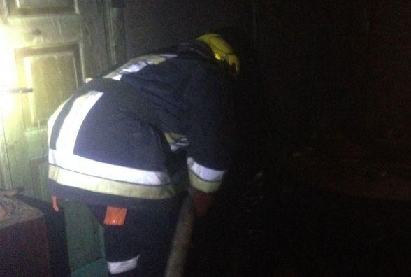 У Красилові через недопалок згорів балкон у житловому будинку