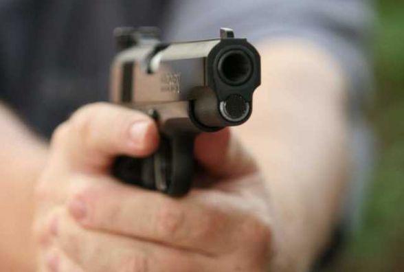 Підприємця з Кам'янця підстрелили та пограбували  у Запоріжжі