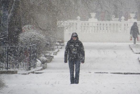 Снігопади та лютий мороз насуваються на Україну