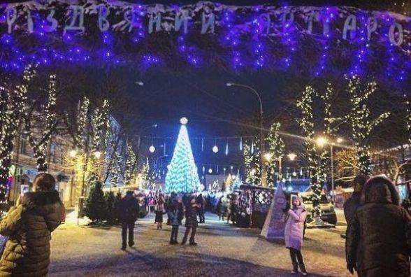 Останній різдвяно-новорічний тиждень у Хмельницькому: від колядок до закриття ялинки