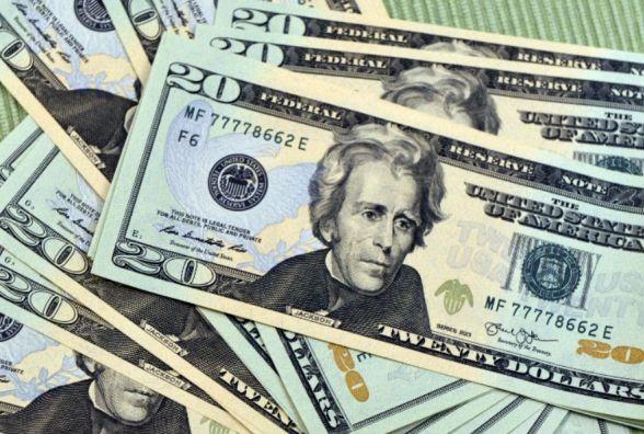 Курс НБУ на 17 січня: долар дорожчає