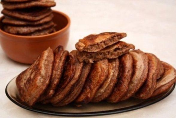 Смачний і швидкий сніданок: готуємо шоколадні оладки