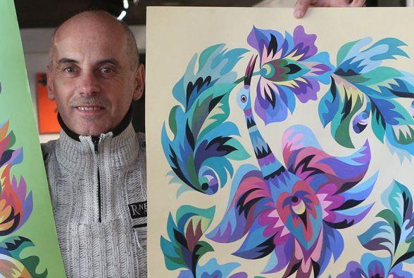 Малює котячою шерстю: художник із Самчиків створює унікальні картини