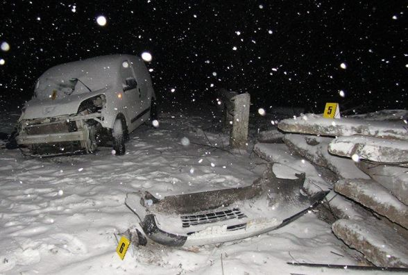 Смертельна ДТП під Хмельницьким: 28-річний водій помер на місці події