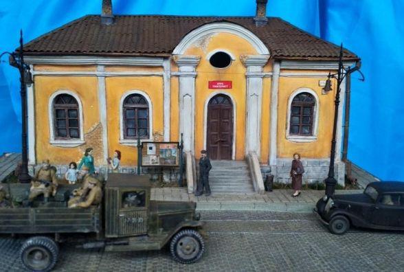 Хмельничан запрошують на виставку військової мініатюри