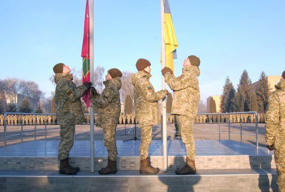 Урочистим маршем та хвилиною мовчання у прикордонній академії вшанували Героїв Небесної Сотні