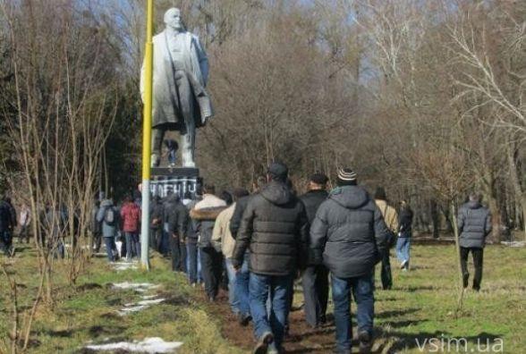 """""""Ленінопад"""" у Хмельницькому: як це було"""