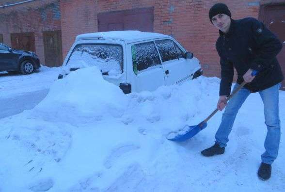 Правила догляду за авто взимку: поради хмельницьких майстрів