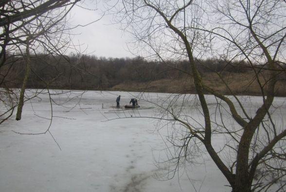 Небезпека на воді: у Волочиську в річці знайшли тіло чоловіка