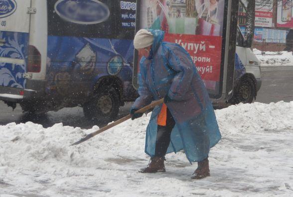 «Березолютень»: про прибирання снігу, штрафи і враження хмельницьких водіїв